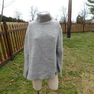 J. Crew Wool/Alpaca Blend Sweater Size Medium